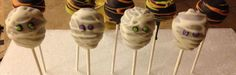 Halloween mummy cakepops