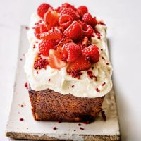 Martha Collison's yogurt & berry loaf cake