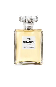 Pin for Later: Gorgeous Beauty Gifts That Every Woman Should Own Chanel Eau de Parfum Spray Chanel Eau Premiere Eau de Parfum Spray Perfume Hermes, Parfum Chanel, Perfume Diesel, Perfume Bottles, Chanel No 5, Coco Chanel, Chanel Bags, Chanel Handbags, Perfume Collection