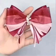 hair bows diy easy step by step \ hair bows - hair bows diy easy - hair bows diy - hair bows how to make - hair bows hairstyle - hair bows diy easy no sew - hair bows diy easy step by step - hair bows diy ribbon Handmade Hair Bows, Diy Hair Bows, Making Hair Bows, Ribbon Hair Bows, Hair Bow Tutorial, Fabric Flowers, Diy Ribbon Flowers, Ribbon Diy, Kanzashi Flowers