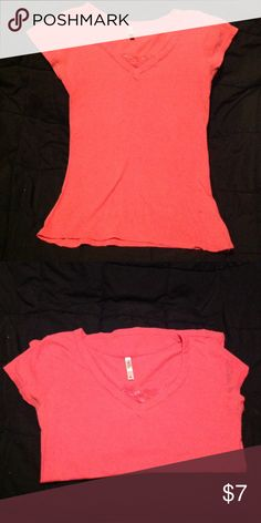 Rue 21 shirt Soft stretchy shirt. No stains or rips. Second pic shows true color. Size small, should fit medium Tops