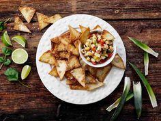 Ananassalsa ja itse tehdyt nachot - Reseptit
