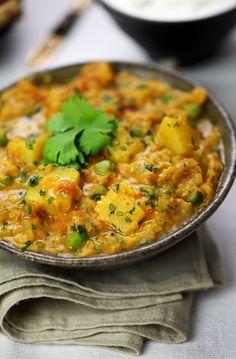 Lentil, pea and potato curry