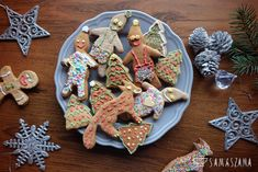Making gingerbread for Christmas is a pleasure for all household members. You can prepare them with your children or invite your friends to decorate them together. Great fun is guaranteed!