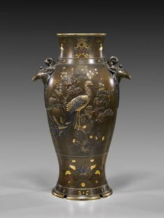 196: MASSIVE ANTIQUE JAPANESE BRONZE VASE : Lot 196