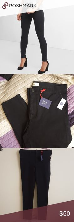 NWT GAP Ultra Sleek Black Denim Jeans Size 31 NWT GAP Ultra Sleek Black Denim Jeans Size 31. The perfect super skinny jeans! Premium 1969 bi-stretch denim. Smooth and sleek, with 360° stretch for a fluid look and feel, whether you're sitting pretty or racing around town. Check out my other NWT GAP items for sale! Comes from a smoke free home, bundle and save!  *All my earnings will go towards helping the victims of hurricane Maria in Puerto Rico* GAP Jeans Skinny
