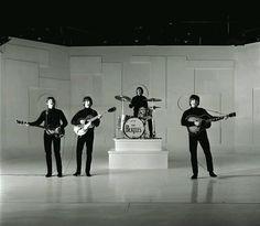 1965 - The Beatles in Help!