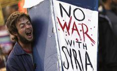 Mentre i potenti prendono tempo per decidere come muoversi in #Siria, voci pro e contro un intervento militare si levano da ogni angolo del mondo. The Post Internazionale ha raccolto le reazioni in una gallery. Guarda le immagini. (Reuters/Stephen Lam)