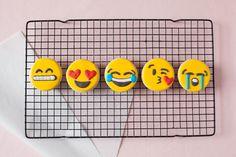 emoji sugar cookies - the alison show