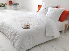linge de lit brod on pinterest sleep beds and dreams. Black Bedroom Furniture Sets. Home Design Ideas