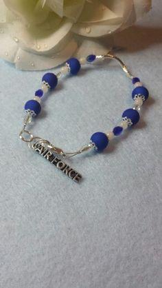 Bracelet  Handmade.    Nalita.etsy.com