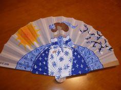La Minena azul … Hand Held Fan, Hand Fans, Antique Fans, Vintage Umbrella, Parasols, Paper Fans, Objects, Delicate, Fan Art