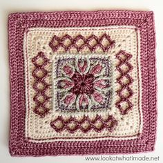 [Photo Tutorial] This 12 Inch Crochet Square Called Esme's Winter Cottage Square Is Simply Gorgeous! Crochet Squares Afghan, Crochet Blocks, Granny Square Crochet Pattern, Afghan Crochet Patterns, Crochet Granny, Crochet Motif, Free Crochet, Knit Crochet, Granny Squares