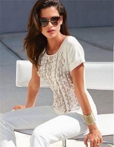 Das edle Shirt mit Pailletten-Dekoration: ein weiches Jerseyshirt mit faszinierendem Effekt.