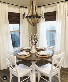 If you are building the nice rustic dining room design, there are some worthy tips that you need to highlight first. Dining Room Design, Dining Room Furniture, Dining Room Table, Dining Rooms, Kitchen Dinning, Deco Furniture, Patio Design, Luxury Furniture, Console Table