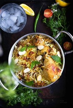 Hyderabadi chicken biryani with layers of rice, spices, herbs and chicken or mutton is much easier to make than you think! Biryani Chicken, Hyderabadi Biryani Recipe Chicken, Healthy Indian Recipes, Asian Recipes, Healthy Foods, Dum Biryani, Baked Chicken Breast, Chicken Breasts, Easy Chicken Recipes