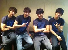 Jungshin, your arm....everyone's arms....