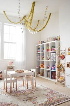 20 Fantastic Kids Playroom Design Ideas – Modern Home Office Playroom, Playroom Design, Playroom Organization, Playroom Decor, Playroom Ideas, Children Playroom, Ikea Kids Playroom, Organized Playroom, Ikea Kids Table