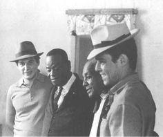 Da esq. p/ direita: Tom Jobim, Pixinguinha, Donga e Chico Buarque. Você gosta de samba e MPB? Visite o Traço de União -> http://www.tracodeuniao.com.br