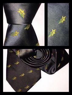 #Corbata microtejida con el #logotipo de tu #empresa (el logo se va tejiendo al mismo tiempo que la tela)   Informes ventas@corbatasmexico.com.mx   55779220 *Surtimos a todo #México