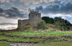 Dunguaire Castle, near the seaside village of Kinvara in south County Galway, was built in 1520 on the shores of Galway Bay and these days is open to visitors.  Ireland