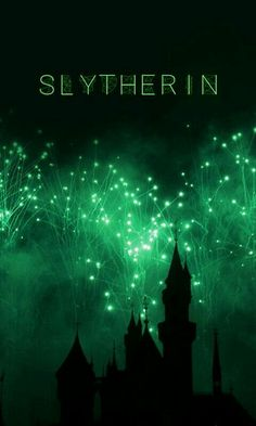 Image discovered by daviniamalfoy. Find images and videos about green, harry potter and draco malfoy on We Heart It - the app to get lost in what you love. Arte Do Harry Potter, Slytherin Harry Potter, Images Harry Potter, Slytherin Pride, Harry Potter Houses, Harry Potter Tumblr, Slytherin Aesthetic, Harry Potter Aesthetic, Hogwarts Houses
