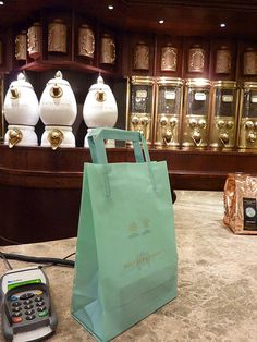 Fortnum Mason's ~ London Stilton Cheese, London Bridges Falling Down, Courses Hippiques, Deli Shop, 15 Year Anniversary, Store Window Displays, Fortnum And Mason, Coffee Shop, Shop Till You Drop