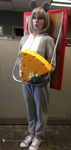 Cool+Homemade+Costume+–+Mouse+in+a+Trap #coolhalloweencostumes