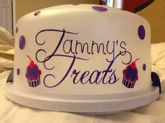 Personalized cake carrier from Pumpkinpatchbowtique on Etsy :)