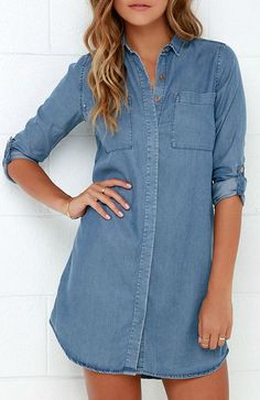Denim dress, hidden buttons, rolled sleeves, mid-wash soft fabric. Wear with all my scarves! GOT IT!