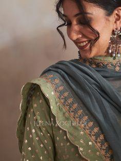Indian Designer Outfits, Teal Green, Dory, Saree, Fashion, Moda, Fashion Styles, Sari, Fashion Illustrations