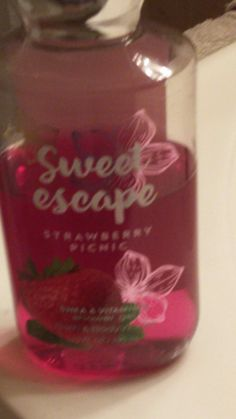 Sweet escape strawberry picnic  body wash from Bath and Body Works