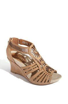 earthies carmona wedge sandal. perfect comfort shoe for spring/summer