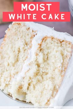 This easy Vanilla Cake Recipe will become your new favorite. A simple white cake recipe with a tender and moist crumb and a vanilla buttercream with just the right amount of sweetness. The Best White Cake Recipe Ever, Basic Yellow Cake Recipe, Easy White Cake Recipe, Sour Cream White Cake Recipe, Best White Chocolate Cake Recipe, Bakery White Cake Recipe, Cake With Sour Cream, Gluten Free White Cake Recipe, Cake Chocolate