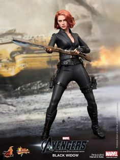 Hot Toys' representation of Black Widow... super detailed (though awesome, I do think the Loki is more realistic, but not by much)