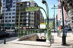 Exploring Paris Mondial.