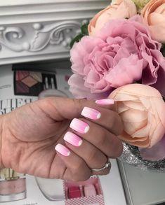 Омбре с лунками🔥 #омбре #лунки #manicure #nail #nails #Beautiful #girl #Девушки #Красота #дизайнногтей #мода #vogue