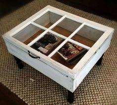Mesa de centro con cajón