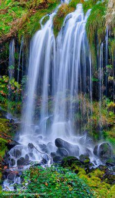 Mossbrae Falls, Northern California