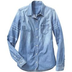 Gap Women 1969 Fitted Boyfriend Denim Shirt (6.965 HUF) ❤ liked on Polyvore featuring tops, fitted denim shirt, tailored shirts, boyfriend shirts, blue denim shirt and blue shirt