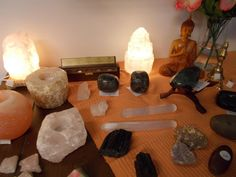 Selenite lamps clear the room of negativity