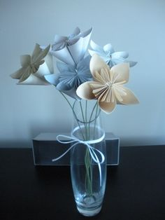 Flowers photo by knittylady on Weddingbee. I made my first origami flower ever! Purple Wedding Decorations, Diy Wedding Flowers, Wedding Stuff, Flower Centerpieces, Wedding Centerpieces, Centrepieces, Centrepiece Ideas, Paper Flowers Diy, Flower Crafts