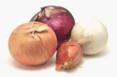 Conoce los numerosos beneficios de la Cebolla, porque esta maravillosa verdura ayuda a combatir más de 10 enfermedades o molestias muy frecuentes. SIGUE LEYENDO EN: http://alimentosparacurar.com/n/895/beneficios-de-la-cebolla-para-la-salud.html