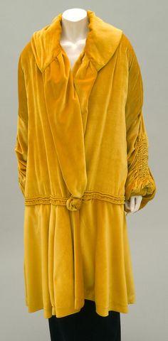 Philadelphia Museum of Art - Collections Object : Woman's Evening Coat 1923-25 Medium: Gold silk velvet