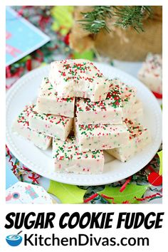 Sugar Cookie Fudge is easy, rich and creamy! Full of sugar cookie flavor, decorated in bright sparkles or sprinkles, perfect as a dessert or edible gift! Christmas Fudge, Christmas Deserts, Holiday Desserts, Holiday Cookies, Christmas Baking, Christmas Things, Christmas Candy, Holiday Recipes, Fudge Recipes