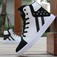 Fashion Men Boots Winter Shoes Man Hip-hop High Help Shoes Lace-Up Casual Leather Boots Comfortable Superstar Adult Men's Shoes Moda Sneakers, Casual Sneakers, Sneakers Fashion, Casual Shoes, High Top Sneakers, Sneakers Nike, Adidas Shoes, Jordan Shoes Girls, Girls Shoes