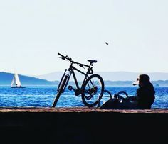 #bike #bycicle #ride #trek #trekbikes #cycling #chill #coffee #sea #seagals #enjoy #life #photography #nikon #sailboat #view #shore #beach #pier #zadar #dalmatia #croatia #beautiful #relax #wherewegowedontneedroads #bakicrew #sunnyday by davorsenna