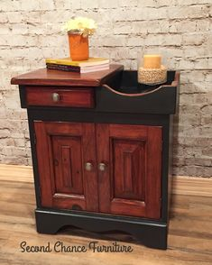 Dry sink painted in Annie Sloan Chalk Paint Graphite and black wax. General Finishes Gel Stain.