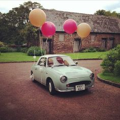 Hip hip hoooray - we have wedding lift-off. Giant balloons from http://www.peagreenboat.com/decorate/balloons.html