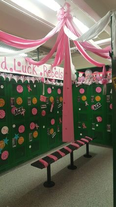 Volleyball locker room decoration Pink out - JOLİE Volleyball Locker Signs, Soccer Locker, Volleyball Posters, Basketball Signs, Volleyball Ideas, Basketball Stuff, Basketball Party, Volleyball Pictures, Volleyball Locker Decorations